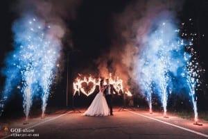 горящие буквы и фонтаны на свадьбу